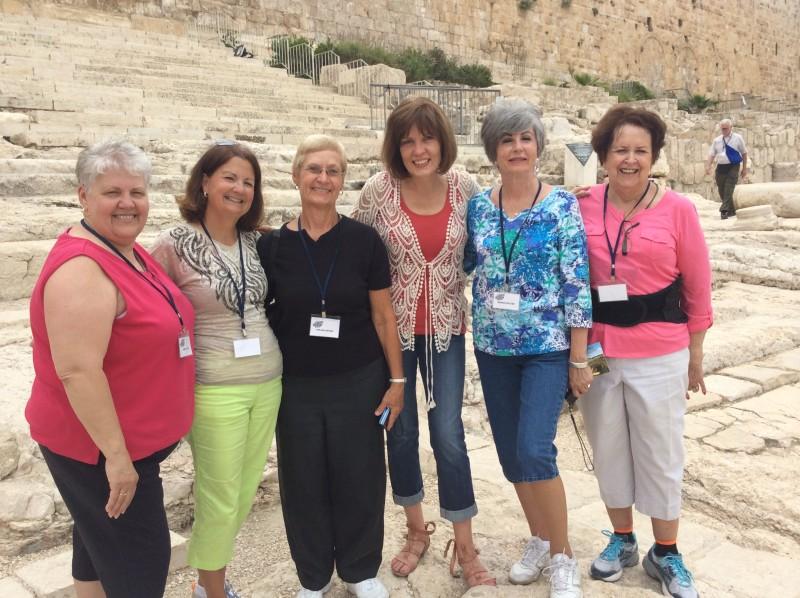 Israel - Bible study group at steps 2